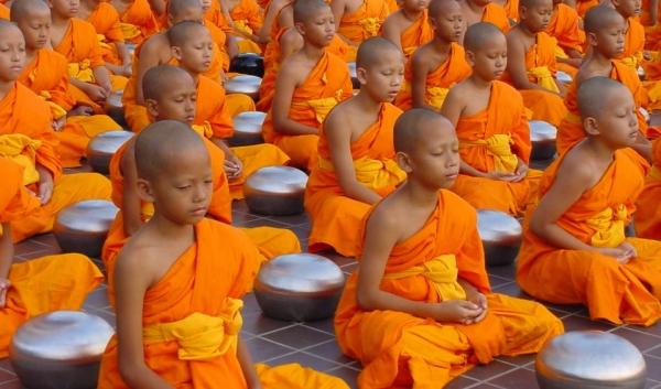 meditating-boys